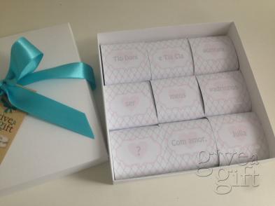 Convite de padrinhos com 9 brownies com cinta personalizada