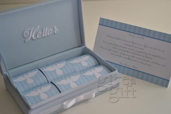 Convite de padrinhos em caixa com tecido com 6 brownies