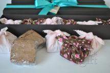 Caixa com 6 brownies (tecidos sujeitos a disponibilidade em estoque)
